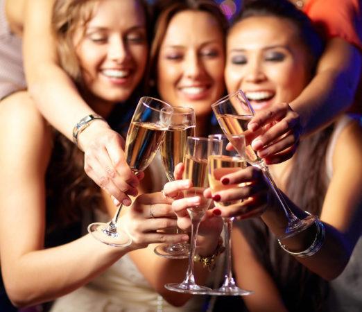 Girls-Night-at-Bar-A